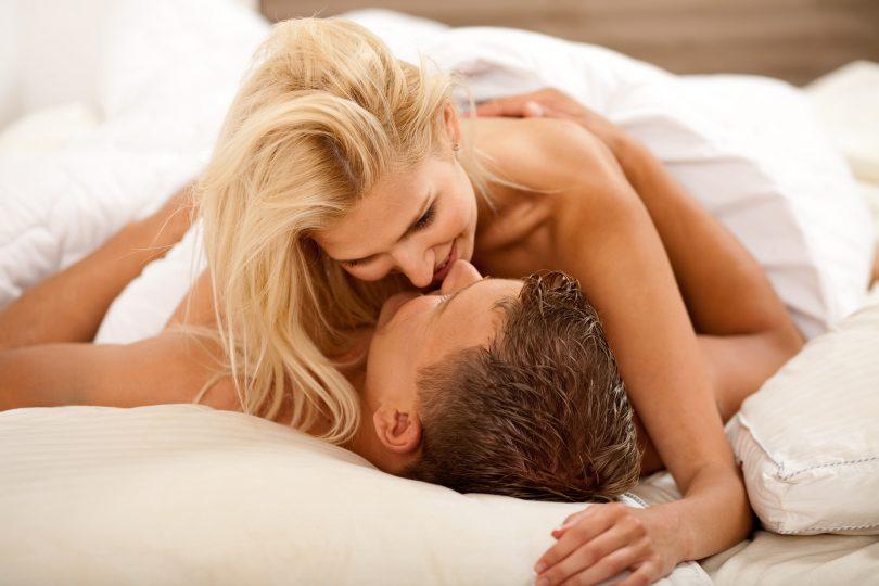 Как доминировать своим мужчиной в постели онлайн в хорошем hd 1080 качестве фотоография