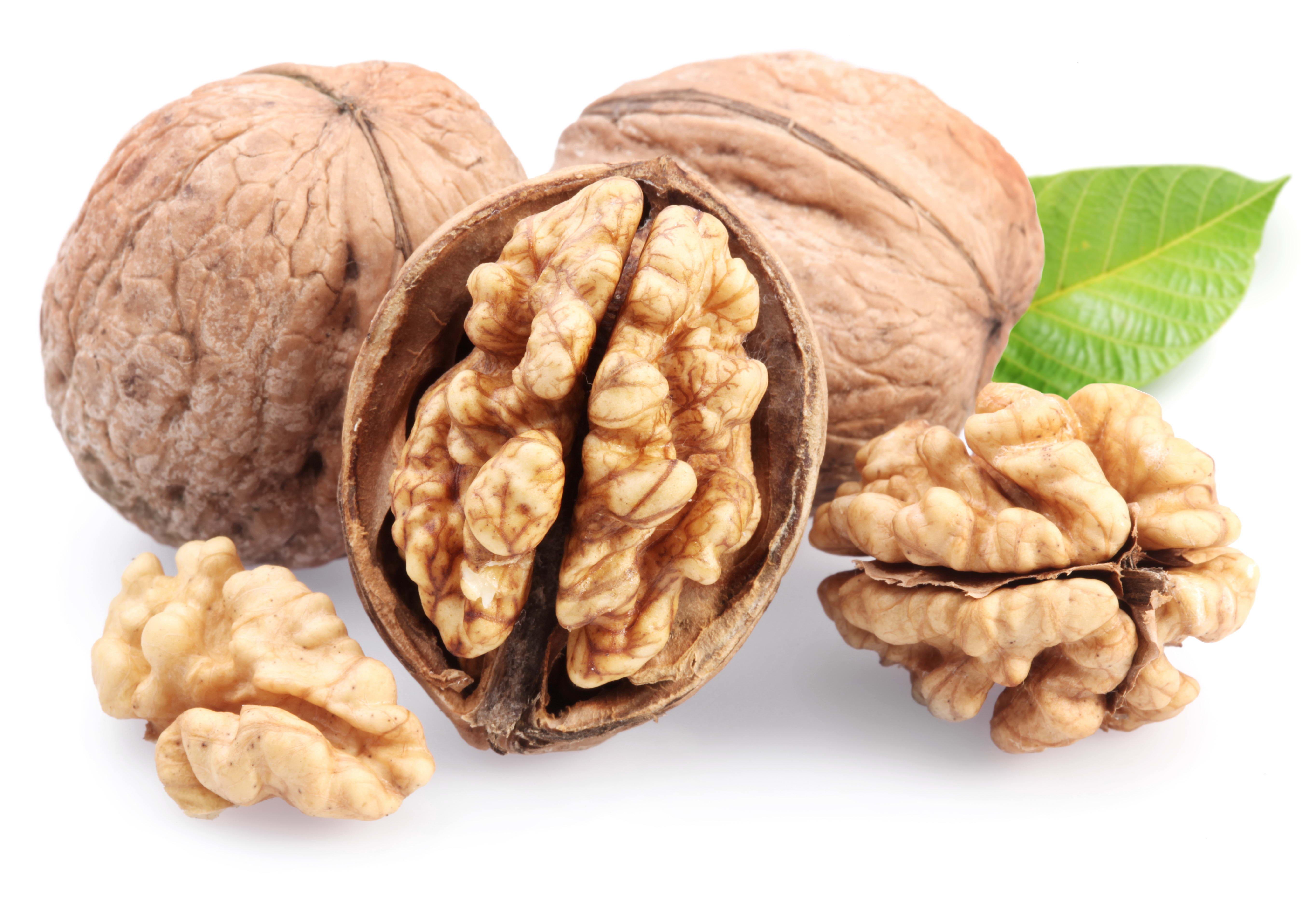орехи - для поддержания мозга
