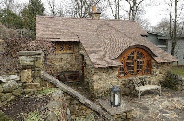 Пещера хоббитов - домик для двоих