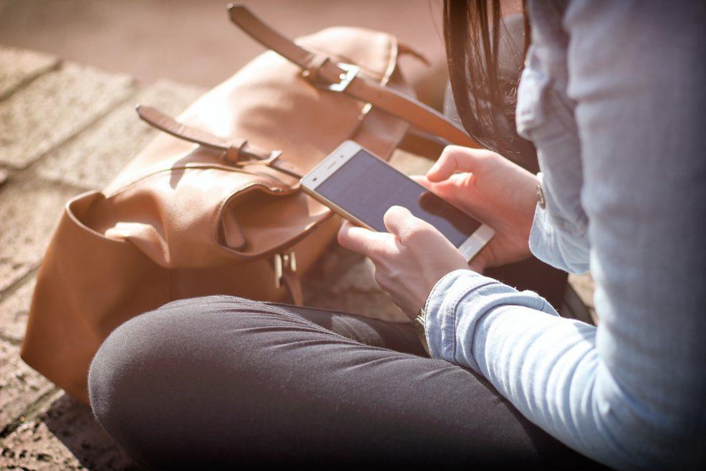 СМС общение или новая эпидемия в мессенджерах